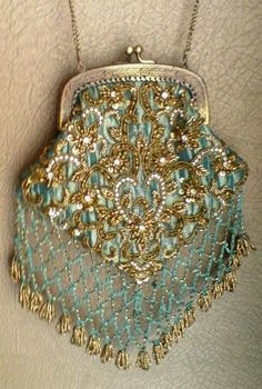 gorgeous... Antique Gatsby era beaded purse