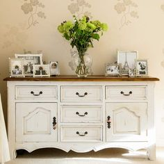 Ideas For Painting Wood Furniture White Buffet Sideboard Dekor, Kitchen Sideboard, Vintage Sideboard, Hallway Sideboard, Painting Wood Furniture White, Plywood Furniture, Painted Furniture, Decoration Buffet, White Buffet