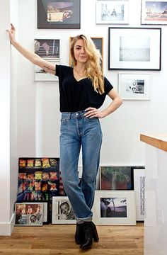 This look is everything! Love the vintage jeans. Simple, elegant and classy! Find similar jeans here:  http://asos.do/74p78Y