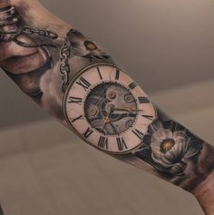 What does pocket watch tattoo mean? We have pocket watch tattoo ideas, designs, symbolism and we explain the meaning behind the tattoo. Hals Tattoo Mann, Tattoo Arm Mann, Tattoo Designs And Meanings, Tattoos With Meaning, Tattoo Designs Men, Tattoo Meanings, Tattoo Symbols, Clock Tattoo Design Men, Sleeve Tattoo Designs