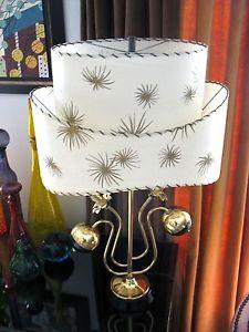 VINTAGE MAJESTIC RETRO ATOMIC MID CENTURY MODERN TABLE LAMP FIBERGLASS SHADE