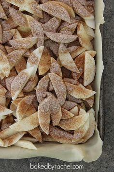 Apple Slab Pie Recipe from bakedbyrachel.com A great way to serve apple pie to a crowd!