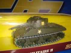 tanque de metal SHERMAN Nº 6053 nuevo SOLIDO