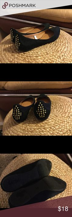 Mossimo gold studded flats Super cute, only worn once, soooo cute, but I tried to use flats and just aren't for me plus too big for me! Mossimo Supply Co Shoes Flats & Loafers
