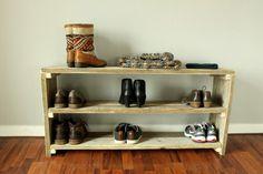 Schoenenrek van steigerhout