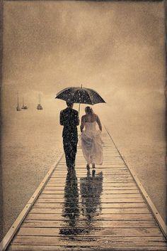 Amazing wedding photography. Award winning photo image. Worlds best #wedding #photographers. Board : https://www.pinterest.com/wellyphoto/