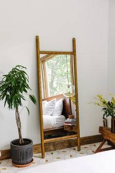 The Hunter Houses: Turning the Mudroom Into a Bedroom (Yes, Really!) - Front + Main