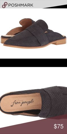 Free people slides black 38 Store sample that's only been tried on and no topical scuffs! Size 38 fits like 7. Please google to see sizing chart. Free People Shoes Flats & Loafers
