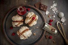 Isot suklaamarengit onnistuvat myös kotikeittiössä Pancakes, French Toast, Candy, Baking, Breakfast, Sweet, Recipes, Food, Ideas