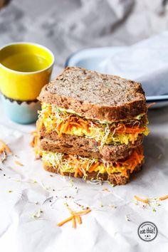 Vollkornsandwich mit Kurkuma-Currysalat & 48h in Antwerpen