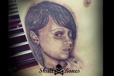 Girl Portrait #girlportrait #girl #portrait #blackandgrey #skullnbones #skullnbonestattoo