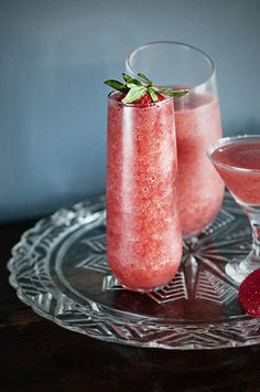 Recipe: Lemon Grass Strawberry Daiquiri