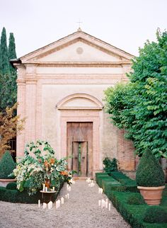 Italy church wedding....would LOVE to have my wedding in Italy...heck! would LOVE to just go to Italy!