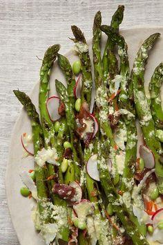 Grilled Asparagus Salad with Lemon-Parmesan Vinaigrette #healthyfood