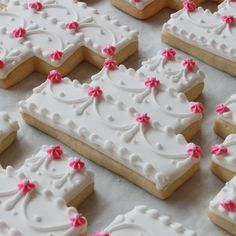 Wedding Cake Cookies~ Floral Swag Wedding Cake Cookie Favors, By Whipped Bakeship, White Fancy Cookies, Iced Cookies, Cute Cookies, Royal Icing Cookies, Sugar Cookies, Heart Cookies, Valentine Cookies, Easter Cookies, Birthday Cookies