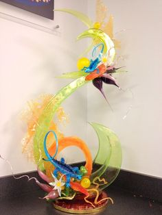 Isomalt, Edible Food, Edible Art, Blown Sugar Art, Pulled Sugar Art, Kai Arts, Chocolate Showpiece, Chocolates, Food Sculpture