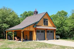 garage plans Lean-To Overhangs: The Barn Yard & Great Country Garages Carriage House Plans, Barn House Plans, Barn Plans, Shed Plans, Pole Barn Garage, Pole Barn Homes, Pole Barns, Garage Art, Garage Apartment Plans