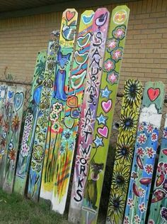 Best 15 Beautiful Garden Poles Ideas To Increase Your Garden Beauty - Easy Diy Garden Projects Diy Garden, Garden Crafts, Garden Projects, Garden Ideas, Fence Ideas, Yard Art Crafts, Garden Gate, Garden Poles, Backyard Fences