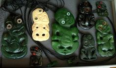 """*** MAGNIFICENT """"OLD"""" HEI TIKI COLLECTION *** Maori Tribe, Polynesian People, New Zealand Art, Maori Art, Design Elements, Mythology, Islands, Carving, Antiques"""