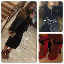 a must:sheath black skirt