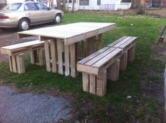 Pallet Outdoor Bench and Pallet Table | Pallets Designs