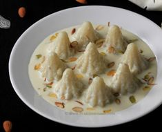 Celebrate the festive season with some Unique Modak Recipes for Ganesh Chathurthi - for the family to enjoy and to gift friends and relatives as well! Indian Dessert Recipes, Ethnic Recipes, Modak Recipe, Cupcake Decorating Tips, Ganpati Festival, Cauliflower Recipes, Special Recipes, Indian Paintings, Abstract Paintings