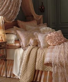 Is there such thing as tooo many throw pillows? Not when they are just sooo divine!