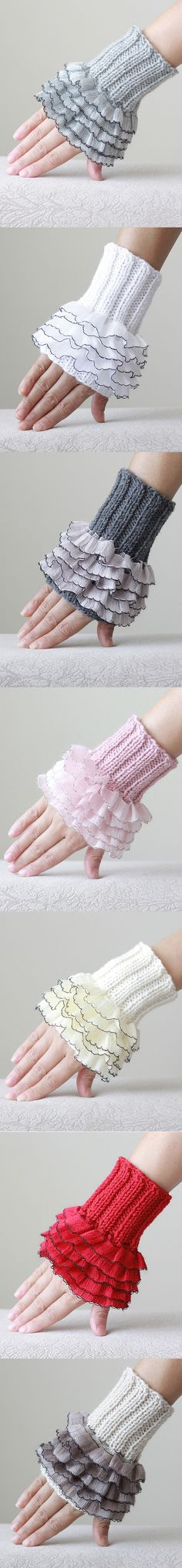 Knit gloves, Cozy gloves, Ruffled gloves, knitted wrist cuff
