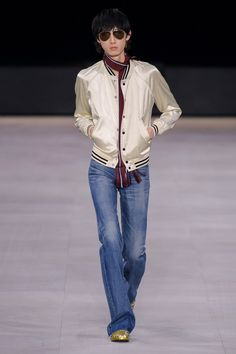 See all the Collection photos from Celine Spring/Summer 2020 Menswear now on British Vogue Celine, Fashion Show Collection, Designer Collection, Suit Shirts, Mens Fashion Week, Denim Trends, Vogue Russia, Denim Shirt, Autumn Fashion