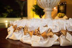 Recordação | Saquinho com lembrança | Lembrancinha para convidados | Detalhes de casamento | Lembranças | Lembrancinhas | Lembrancinha de casamento | Inesquecível Casamento | Presente para os convidados | Wedding Gifts