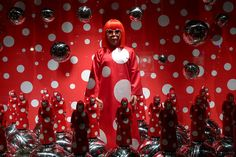Yayoi Kusama chez Louis Vuitton au Printemps - Paris, septebre 2012 by JournalDesVitrines.com, via Flickr