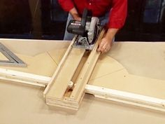 How to Make a Cross-cut Platform for your Circular Saw : How-To : DIY Network: