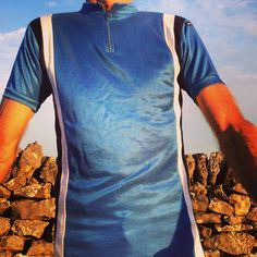 """Agu vintage cycle jersey. 36"""" chest. Made in France. 3 rear pockets - short sleeve - blue / black / white - half zip - acrylic We have a large range of sizes and designs visit glorydays.cc"""