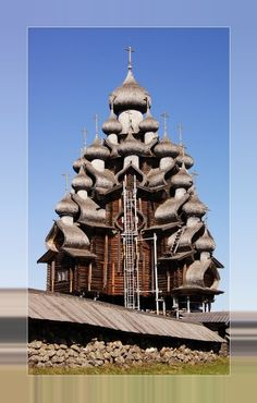 Architecture - Places of Worship - Edifices Religieux - Russian Orthodox Church Russian church architecture Russian Architecture, Church Architecture, Religious Architecture, Beautiful Architecture, Wooden Architecture, Saint Chapelle, Religion, Amazing Buildings, Unusual Buildings