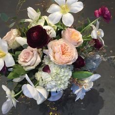 awesome vancouver florist Even open tulips are beautiful #smflowers #vancouver #shopnorthvan #northvanflowers #northvanflorist #floral #flowers #gardenroses by @sm_flowers  #vancouverflorist #vancouverflorist #vancouverwedding #vancouverweddingdosanddonts