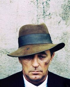 Robert MITCHUM (1917-1997) ***** #23 AFI Top 25 Male Actors. Married once, to Dorothy Spence for 57 years until his death age 79.