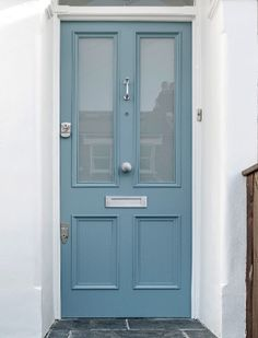Victorian four panel front door, north London - a classic London front door! - Victorian four panel front door, north London – a classic London front door! Victorian four panel front door, north London – a classic London front door! Front Door Porch, House Front Door, Victorian Front Doors, Victorian Homes, Door Paint Colors, Gray Front Door Colors, Teal Door, Beautiful Front Doors, Painted Front Doors