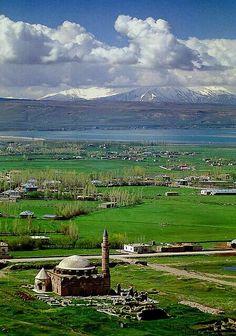 Mimar Sinan'ın eseri Hüsrev Paşa Camisi/VAN