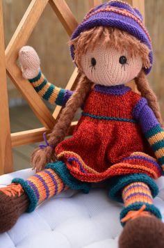 https://flic.kr/p/ENawij   Lottie 3- tunic   Lottie Doll Basic body by Deena Thomson-Menard: www.ravelry.com/patterns/library/lottie-doll-basic-body ☆