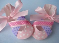 SALE - PDF ePattern Ballet Style Baby Shoes - Booties with Ribbons Sewing Pattern