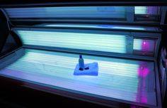 "Tanning ""addiction"" may trigger risky behaviors 