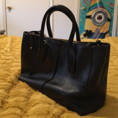 Tod's tote bag ️100%authentic. ️️️️Leather. Tod's Bags Totes