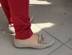 Street Style en la Universidad del Pacífico | Otoño - Invierno 2013 http://fashionbloggers.pe/natalie-natal/street-style-en-la-u-pacifico-otono-invierno-13