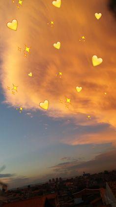 Iphone Wallpaper - Iphone Wallpaper - 𝓈𝒶𝓎𝒶𝓇𝑒𝓈☾ ༻ - Iphone and Android Walpaper Emoji Wallpaper Iphone, Cute Emoji Wallpaper, Mood Wallpaper, Aesthetic Pastel Wallpaper, Cute Wallpaper Backgrounds, Pretty Wallpapers, Tumblr Wallpaper, Aesthetic Wallpapers, Emoji Photo