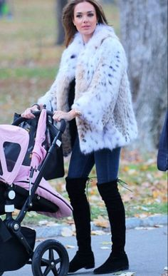Tamara Ecclestone spotted in NY wearing a most luxurious lynx coat by Italian luxury fur house Lilly e Violetta