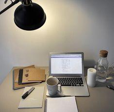 Life Hacks For School, School Study Tips, Uni Life, School Motivation, Study Motivation, Student Life, Student Work, Coffee Study, Study Photos