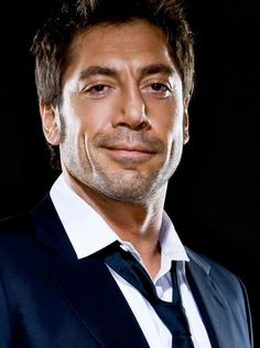 Javier Bardem this man Penelope Cruz, Vicky Cristina Barcelona, Javier Bardem, Beautiful Boys, Gorgeous Men, Beautiful People, Skyfall, Celebrity Portraits, Good Looking Men