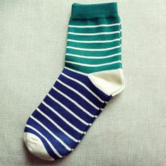 New Arrival Colorful Strip Pattern Male Socks Fashion Casual Slippers Socks Classical Winter Thermal Socks Wholesale