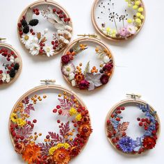 While many artists create hoop art with embroidery thread, Olga Prinku has a different approach. She creates floral wreath weavings with real blooms. Hand Embroidery Stitches, Embroidery Hoop Art, Cross Stitch Embroidery, Embroidery Patterns, Floral Embroidery, Deco Floral, Dried Flowers, Dried Flower Wreaths, Flower Art