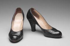 Shoes Late America or Europe - Shoes - Leather 1950s Shoes, Pumps, Heels, Vintage Shoes, Leather Shoes, 1940s, Peep Toe, Europe, America
